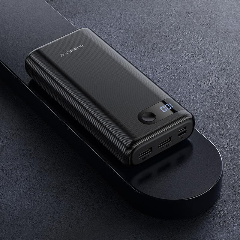 borofone bt35a smart force портативный аккумулятор с дисплеем 20000mah интерьер черный